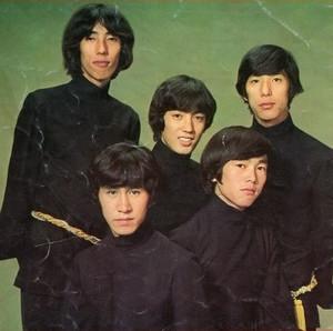 1968005